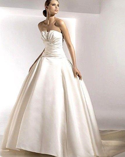 サテンのスイープラインの花嫁衣装のウェディングドレス - ¥35754 : プロのウェディングドレス店, fashionweddingstore.com