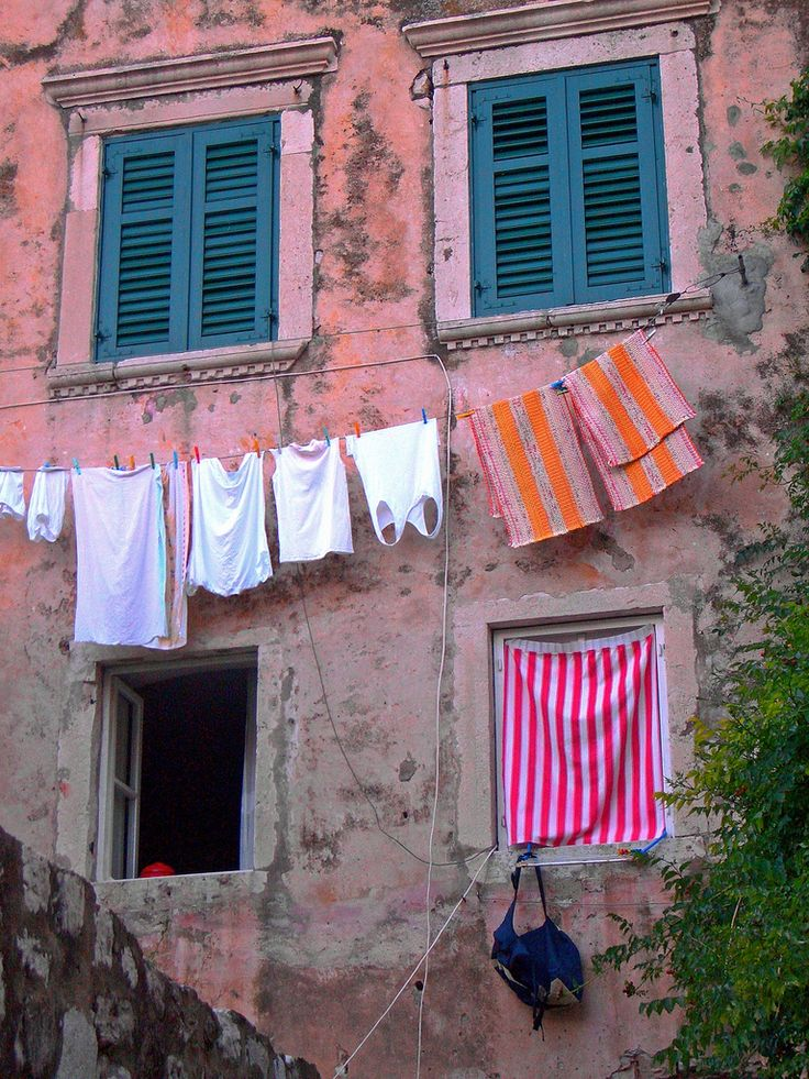 Façade with laundry