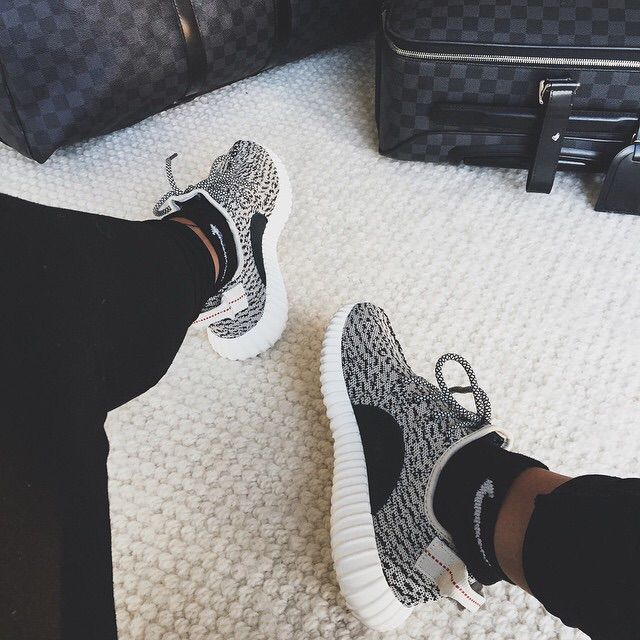 http://www.fashionnewswebsites.com/category/yeezy/ Yeezy boost 350