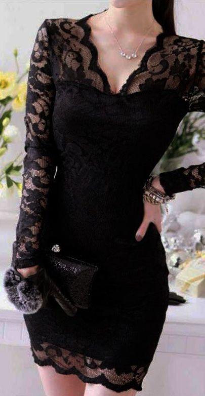Little black dress // elegant lace.