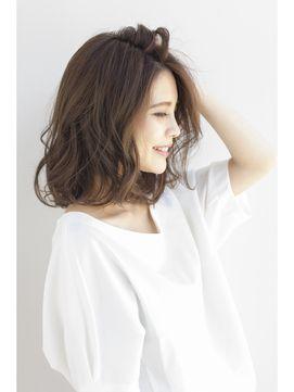 【2017年春】【東純平】大人女性のゆるウェーブボブディ×グレージュ/Ramie 【ラミエ】のヘアスタイル|BIGLOBEヘアスタイル