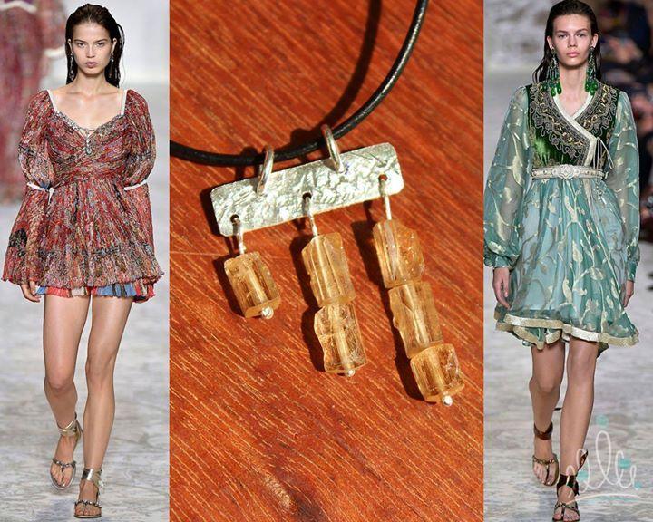 A alegria das cores fechando o domingo: pingente TOPAZIO IMPERIAL  looks ETRO clicados por ffw #MFW #asjoiasdarainha #divertidascombinações #accessories #artjewelry #joias #artjewellery #joia-arte #jewels #instajewels #instajoias #fashion #moda #instamoda #fashionjewel #fashionjewellery #jewellery #joia #euquefiz #compredopequeno #joiadeautor #exclusivas #joiasexclusivas #eufizassuasjoias #eufizsuasjoias #autordejoias #prata #topazio-imperial #topaz #topacio #sterling #plata