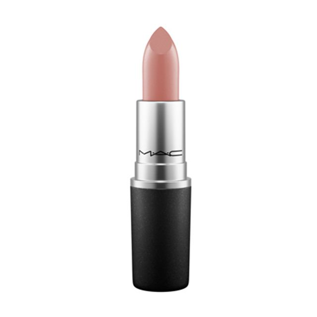 Channel the 90s with M·A·C Lipstick in Hug Me.