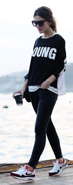 Gençsin ve kendine değer vermelisin... #maximumkart #kampüsmodası #ayakkabımodelleri #pantolonmodelleri #kıyafetkombinleri #kadıngiyim