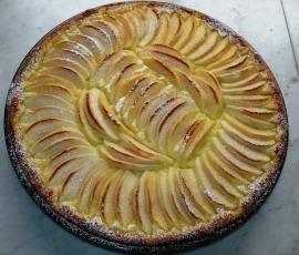 Ricetta Torta di mele alla crema Bimby pubblicata da Bobbina - Questa ricetta è nella categoria Prodotti da forno dolci