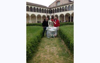 Golosoecurioso, Plastic Food a Firenze con Artour-o  @Ecodallecitta @2EWWR @EnviInfo @eHabitatit @menorifiuti http://www.golosoecurioso.it/zeniclaudio/viaggi-del-gusto/plastic-food-abbraccia-l-arte-forentina/info_inserzione.html