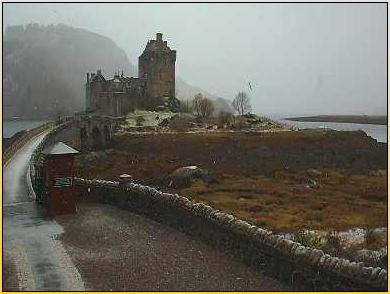 Eilan Donan Castle on the Haggiscam