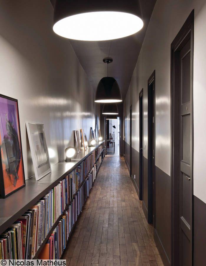 Couloir biblioth que visite d 39 un appartement masculin f minin elle corridor pinterest - Couleur couloir appartement ...