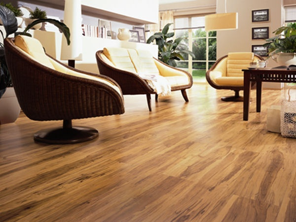 Feather Step Jefferson Pecan 12mm Hand Scraped Laminate Flooring