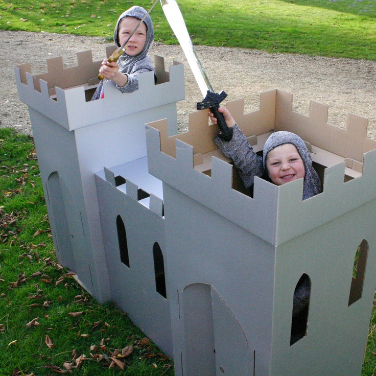 4159 best ideas about little houses and buildings on for Castle made out of cardboard boxes