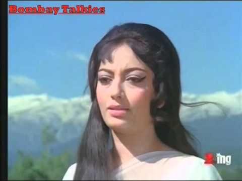 Tum Agar Saath Dene Ka Vada Karo Full Video Song Hamraaz Sunil Dutt Sarika Youtube Evergreen Songs Film Song Bollywood Songs