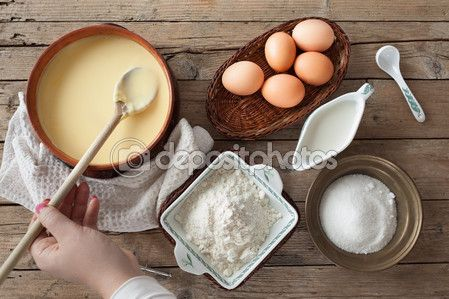 Fresh Prepared Custard Cream — Stock Image #107069346 #dessert #sweetsphotos #foodphotography #cakes #pastry #cuisineblogs #ricettedolci #dessertsrecipes #sweetsrecipes #cakesrecipes #Depositphotos