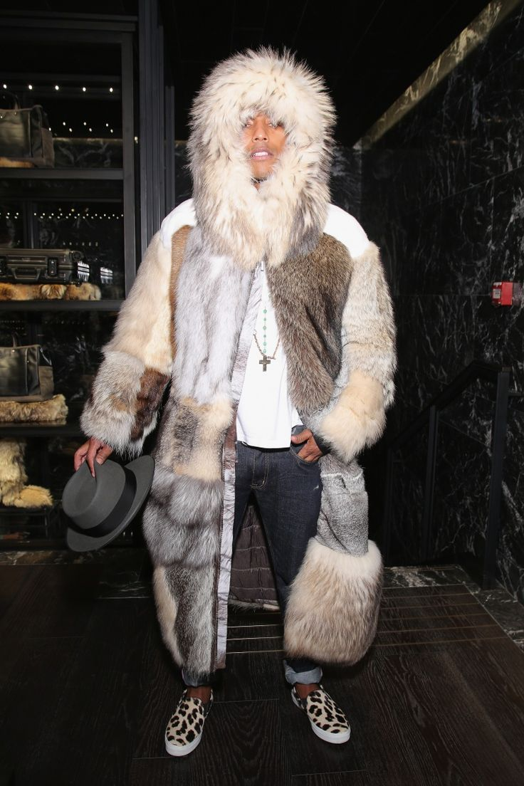 """Just call me Furrell."" Pharrell Williams readies his winter look at the press conference for the Moncler flagship opening on Sept. 26 in ParisPharrell Launch, Fur Coats, Brand Winter, Winter Fashion, Flagship Open, Launch Moncler, Moncler Sunglasses, Moncler Flagship, Pharrell Williams"
