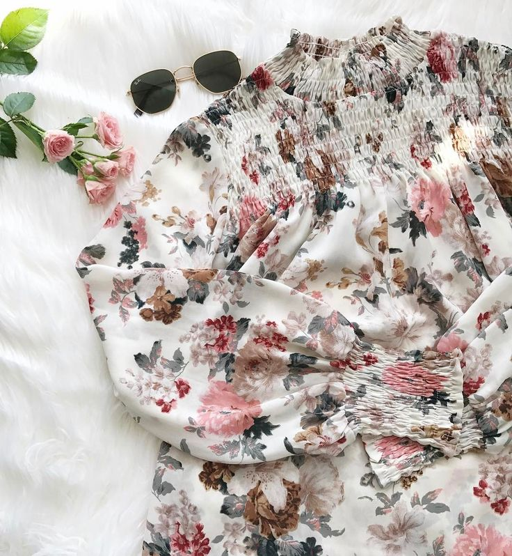 We cannot get over these florals. Spring, are you here yet?