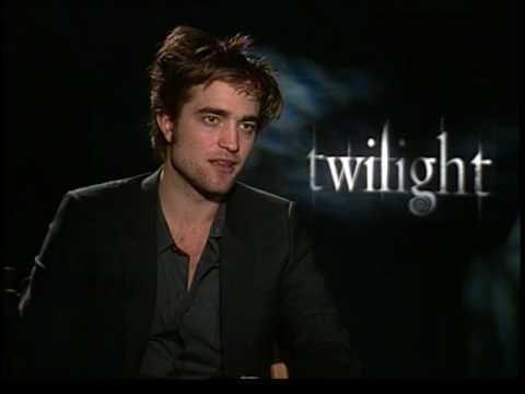 Robert Pattinson interview for Twilight movie CHUCK THE MOVIE GUY press junket interview 2008