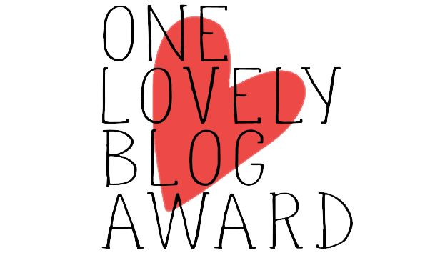 JulieMcQueen: One Lovely Blog Award♥ http://juliemcqueen.blogspot.ru/2014/12/one-lovely-blog-award.html