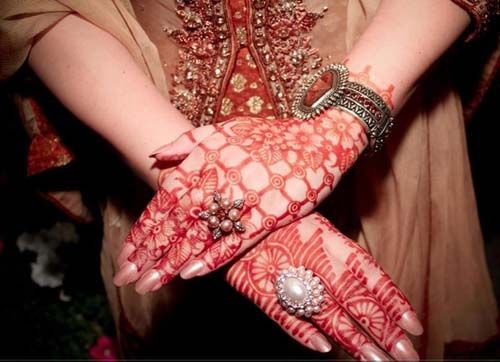 Gorgeous Marwari Mehndi Design