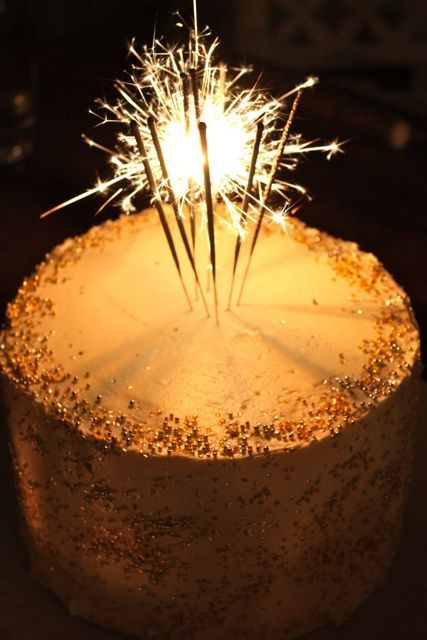vanilla bean cake...love the sparkly sprinkles AND the sparklers