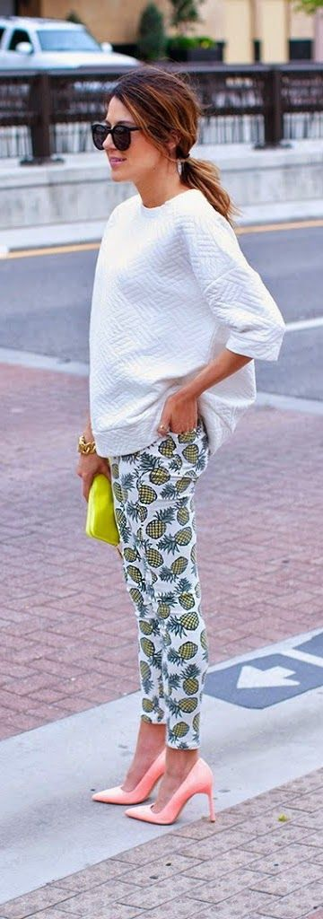 ♥Pineapple Print Pant with White Top & Coral Pink Pumps