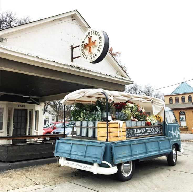 Amelias flower truck in nashville is one of many stops