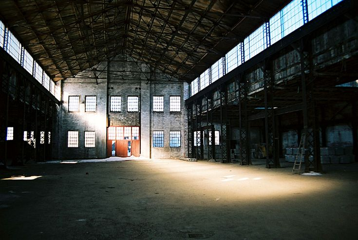 dream: to do a photoshoot in a warehouse
