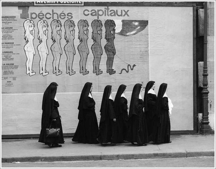 La divertida fotografía callejera de René Maltete | OLDSKULL