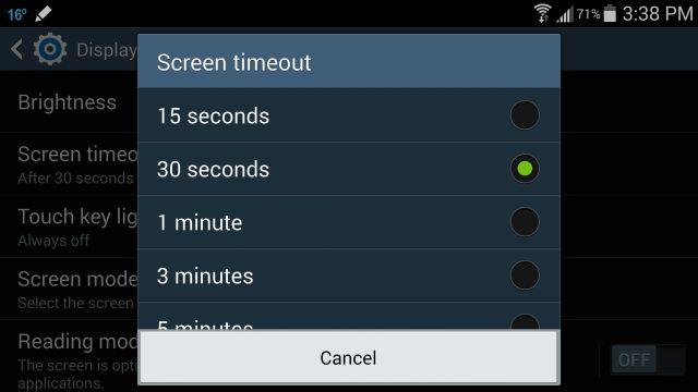 10 consejos prácticos para ahorrar batería en tu celular: Recorta el tiempo de luz de la pantalla