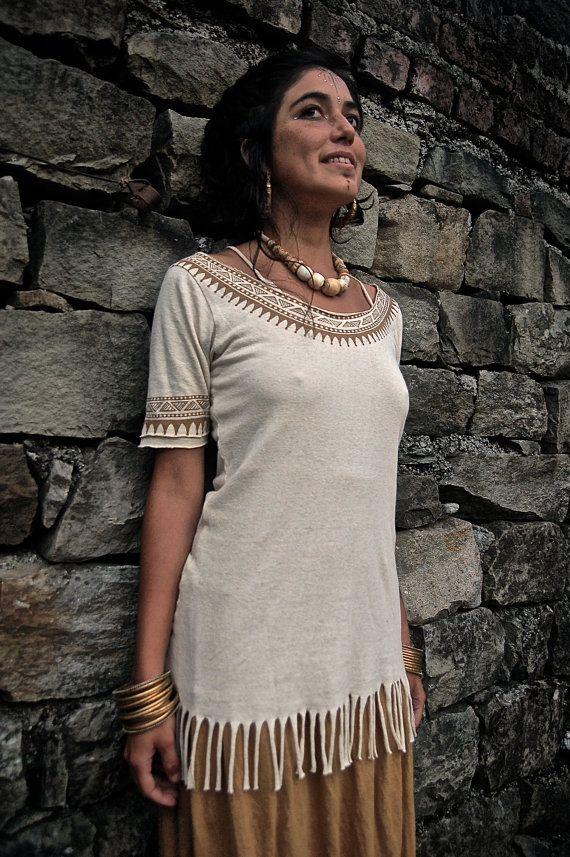 Native American chanvre organique de coton T-shirt en crème avec ASO gratuit impression Tribal respectueux de l'environnement fait par AnuttaraCrafts