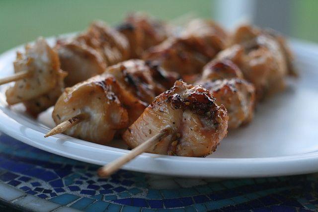 Apricot Glazed Chicken SkewersMaine Dishes, Food, Chicken Thighs, Glaze Chicken, Apricot Chicken, Chicken Skewers, Flickr Apricot, Maine Cours, Apricot Glaze