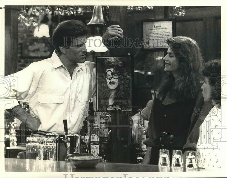 1987 Press Photo Kirstie Alley, Ted Danson and Rhea Perlman on Cheers.