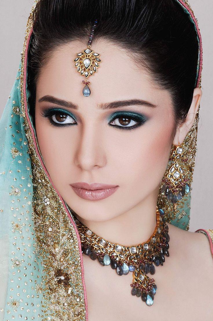 Ayyan ali bridal jeweller photo shoot design 2013 for women - Kundan Jewellery Set
