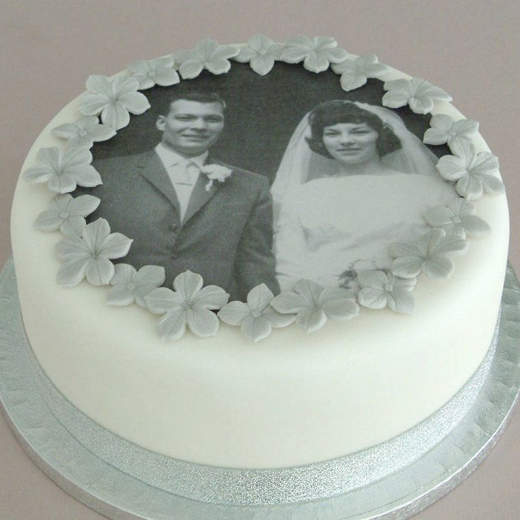 Cake Decorations For Diamond Wedding Anniversary : 25+ best ideas about Wedding Anniversary Cakes on ...