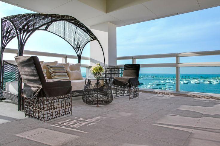 ART Rotana Premium Suite Terrace