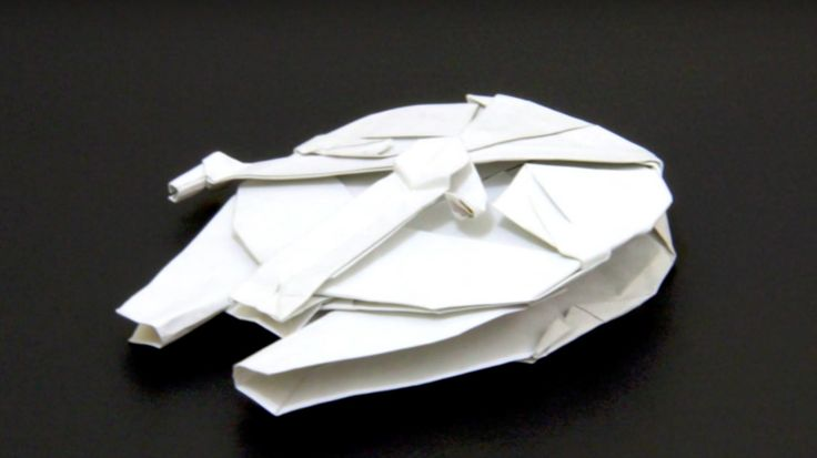 If you're going to learn the ways of the Fold, whether you intend to follow the darkness or the light, you'll doubtlessly want a good teacherto lead you on your path. You'll want to follow somebody who could aptly be described as the Yoda of origami. In other words, somebody like YouTuber Tadashi Mori, the man who forcesthe art of folding paper to bend to his will. Also, he makes nice flowers. In celebration of the blending of Star Wars and origami, as well as a master of his cr...