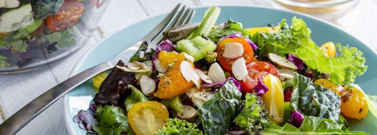 We willen best wel lekker lunchen of avondeten met een salade. Maar wat we niet willen is dat onze maag al snel weer begint te knorren. De maaltijdsalade dus. Dit zijn onze 5 tips om een salade echt voedzaam te maken. Uitspraken als 'Ben je op dieet?' en 'Eet je alleen dat?' zijn misschien begrijpelijk. […]