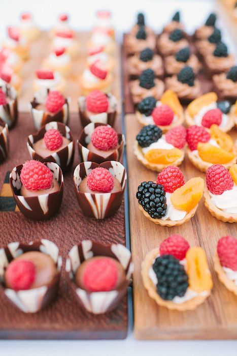 12 Amazing Mini-Desserts for Your Wedding