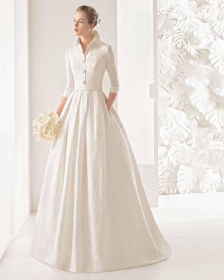 Brautkleid aus Seidenbrokat. Rosa Clará Kollektion 2017.
