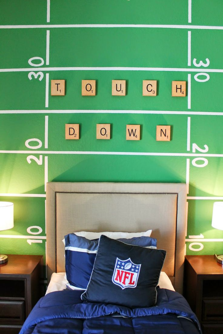 Boys football bedroom ideas - 17 Best Ideas About Football Theme Bedroom On Pinterest Football Themed Rooms Football Bedroom And Boys Football Bedroom