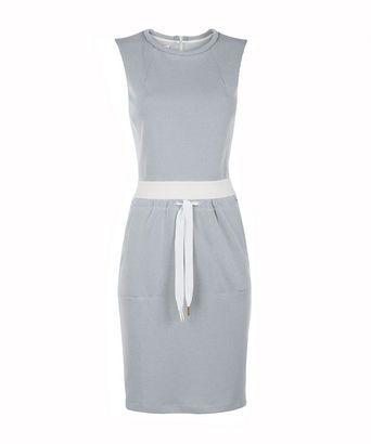 Jurk two tone 1 - Aansluitende jurk van technische stof; elastieken tailleband; gouden rits op achterpand; opgevulde halsbies.