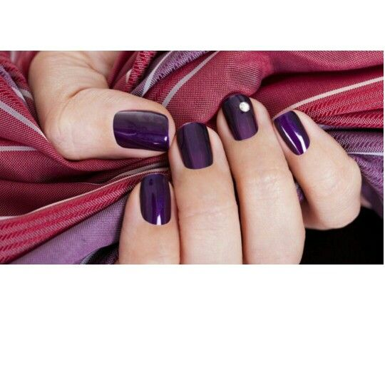 Receitas caseiras para fortalecer as unhas  #Unhas #Manicures #fortalecimentodasunhas #nails  Veja: http://bit.ly/1zmaeOD