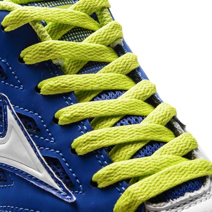 Scarpa da calcetto #Mizuno, 290g di comfort e sensibilità. Scoprila in negozio! #neverstoppushing #mizunofootball https://nemb.ly/p/SkrL8WNMZ Pubblicato in un lampo con Nembol