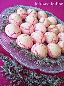 pembe kurabiye, kurabiye, değişik kurabiye tarifleri, tatlı kurabiye, nişastalı kurabiye