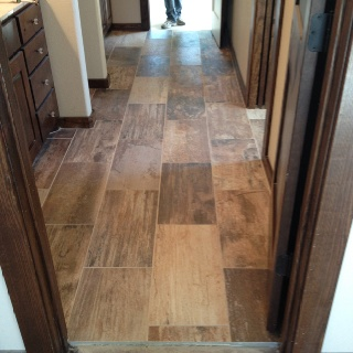Porcelain tile that looks like hardwood flooring