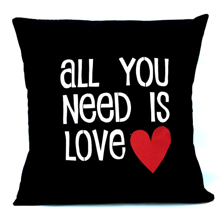 All you need is love sofapude.