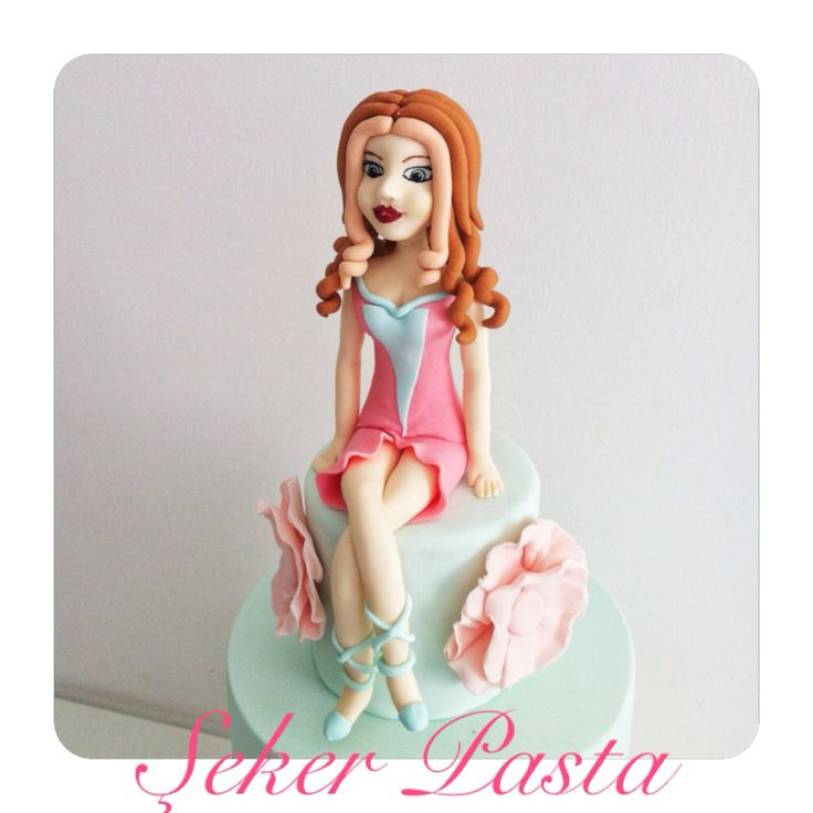 Bloom winx clup cake