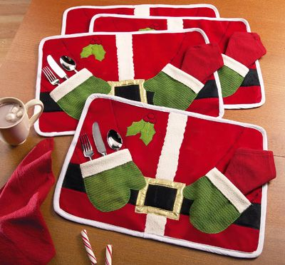 Santa Placemats & Napkins; my grandmother would love this!!!