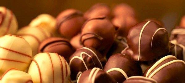 Как приготовить конфеты «Шоколадный сюрприз» в домашних условиях.
