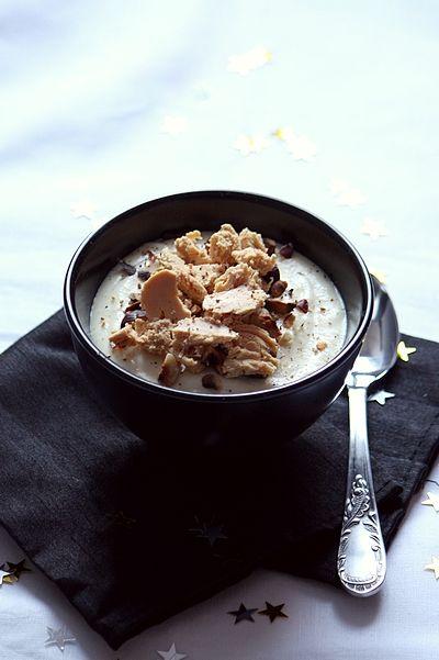 Mousseline de panais, noisettes torréfiées et copeaux de foie gras