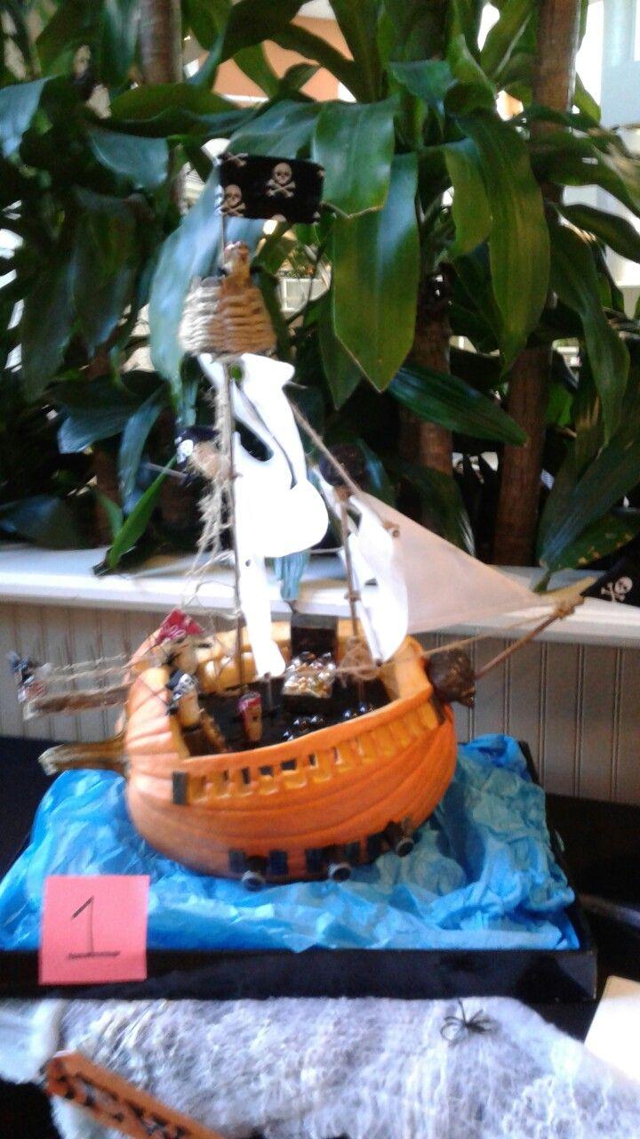 Pirate ship pumpkin Pirate ship, Projects, Pumpkin