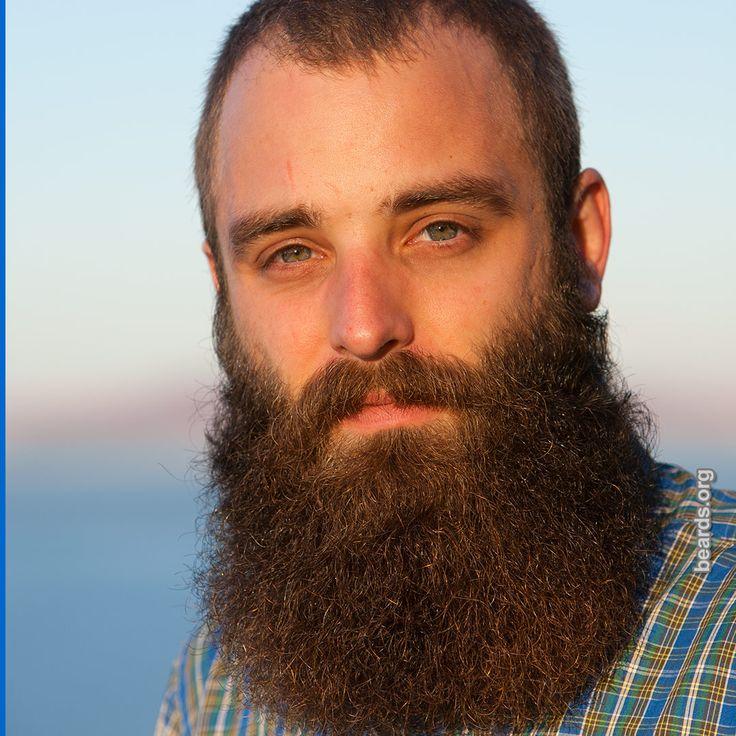 Beard: Tomas